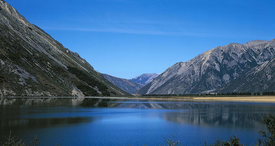 10 unique countries you should visit - New Zealand
